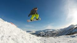 Snowboarding with winter sunshine for BG