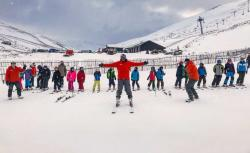 Glenshee Ski School group on slopes